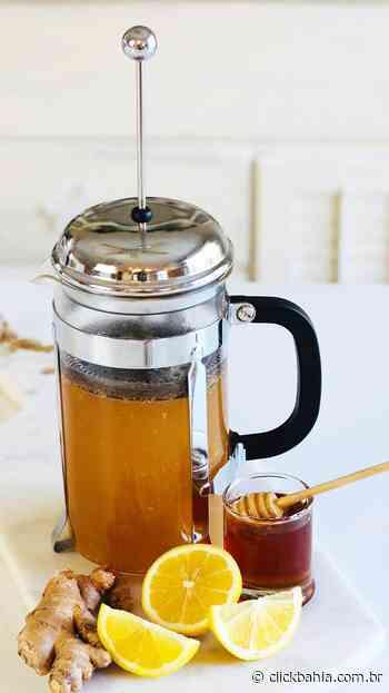 Receita de chá potente de açafrão e gengibre com canela, limão e mel - Arial