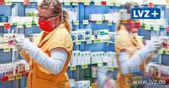 Covid-19 - Apotheke in Markkleeberg stellt sich mit selbstgenähtem Mundschutz gegen Corona - Leipziger Volkszeitung