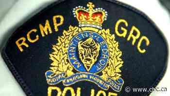 2 injured in head-on crash near Glenboro, Man., RCMP say - CBC.ca