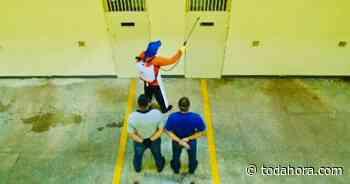 Penitenciárias são pulverizadas em Manaus - Toda Hora