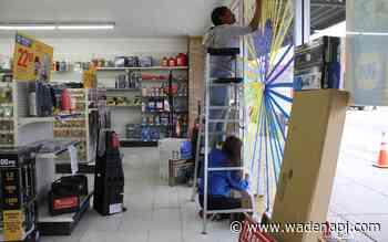 Hearts of hope and strength decorate Wadena - Wadena Pioneer Journal