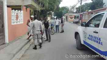 Apedrean patrulla que verificaba Toque de queda en Las Matas de Farfán - DiarioDigitalRD