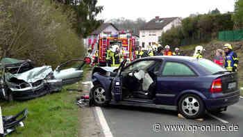 Unfall in Hammersbach Hanau: Drama auf Landstraße - Drei Menschen schwer verletzt | Hessen - op-online.de
