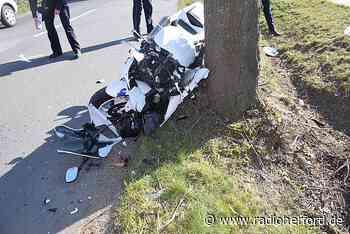 Schwerer Motorradunfall nach Überholmanöver in Vlotho - Radio Herford