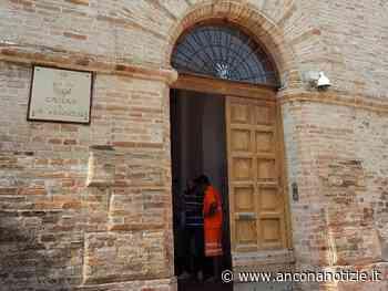 Falconara Marittima, disposta la sanificazione di tutti gli uffici comunali - Ancona Notizie - Ancona Notizie