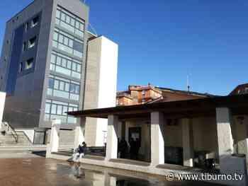 Centro anziani di Tor Lupara, finalmente l'incapsulamento del tetto in eternit - Tiburno TV Tiburno TV - Tiburno.tv