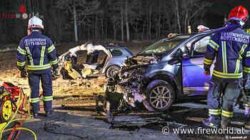 Oö: Drei teils Schwerverletzte nach heftiger Kollision auf Rieder Straße bei Rottenbach - Fireworld.at