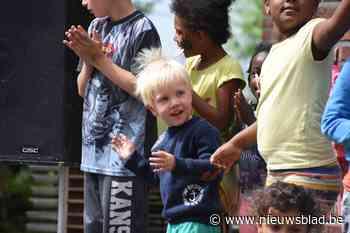 Zestig kinderen in Halse noodopvang
