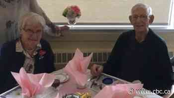 Leamington, Ont. couple unable to celebrate 75th anniversary together due to COVID-19