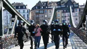 Demo in Frankfurt: Kritik an Polizeieinsatz | Frankfurt am Main - Frankfurter Rundschau