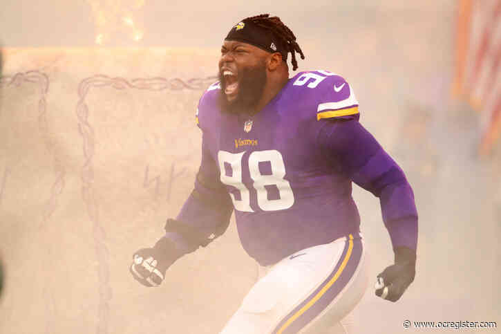 Whicker: Can Linval Joseph help power-lift the Chargers into contention?