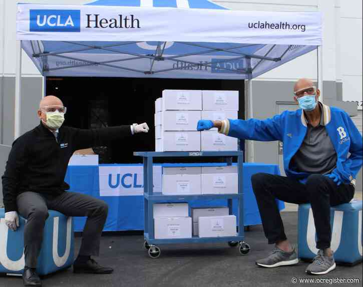 Kareem Abdul-Jabbar delivers 1,800 goggles to health care workers