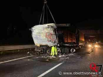 SANTHIA' – Incidente mortale sull'Autostrada A4; coinvolti due mezzi pesanti (FOTO E VIDEO) | ObiettivoNews - ObiettivoNews