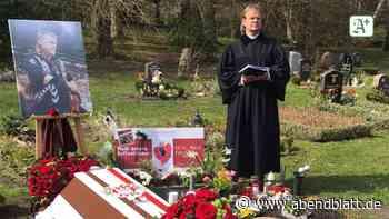 Hamburg: Bestattung eines besonderen Fans: Sarg im St.-Pauli-Look