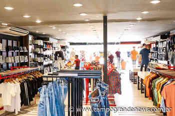 Lojas reabrem, mas é proibido experimentar roupas e bebedouro será lacrado - Campo Grande News