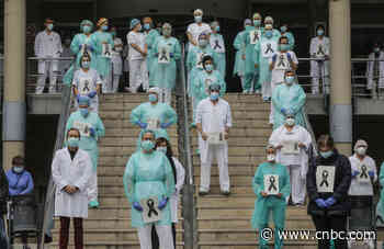 European markets close lower as hopes for imminent coronavirus recovery fade - CNBC