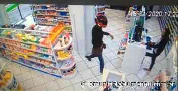 VÍDEO: Homem preso por assaltar farmácias de Blumenau é indiciado pela Polícia Civil - O Município Blumenau