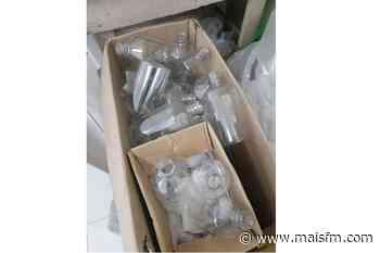 Polícia fecha fábrica clandestina de álcool em gel e prende três pessoas no Crato - MaisFM