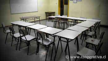 Pese a presión de profesores y alcaldes, Mineduc ratificó inicio de vacaciones de invierno
