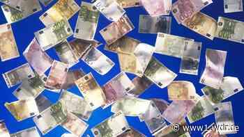 Geld regnet auf Feld in Issum am Niederrhein - WDR Nachrichten