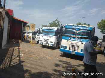 Transportistas protestan en alcaldía de Carora en reclamo de gasoil - El Impulso