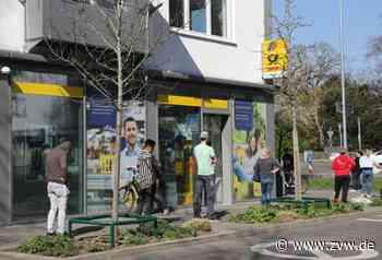 Schorndorf - Schlange stehen: Post schränkt Öffnungszeiten ein - Zeitungsverlag Waiblingen