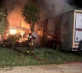 San Giorgio Ionico (Taranto), esplode camion: morto un vigile del fuoco - Blitz quotidiano