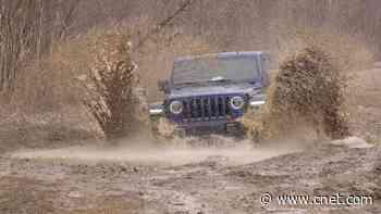 2020 Jeep Wrangler EcoDiesel: Too much torque? video     - Roadshow