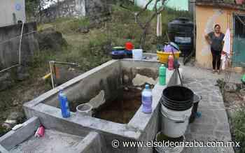 Municipio veracruzano lleva 15 días sin agua y pagan $250 por tinaco - El Sol de Orizaba
