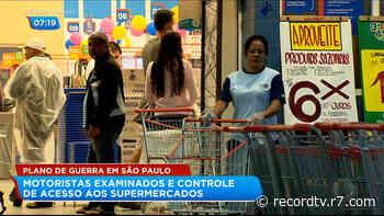 Supermercados de Guarulhos (SP) controlam acesso de clientes - R7