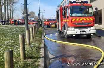 Essonne : violent incendie au parking souterrain du centre commercial Evry 2 - Le Parisien