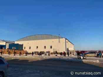 Nunavik's COVID-19 alcohol restrictions lead to long lineups in Kuujjuaq - Nunatsiaq News