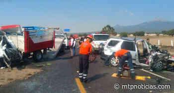 Chocan de frente en la Amozoc-Perote, hay 8 lesionados - MTPNoticias