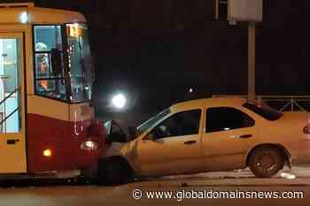 In the Kirov district faced a tram and a car: the accident injured two people - The Global Domains News