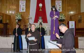 Viacrucis a puerta cerrada en Templo San Antonio de Padua - El Heraldo de Chihuahua