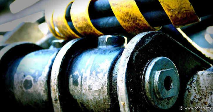 Bagger beschädigt Gasleitung bei Arbeiten im Zentrum von Ortenberg - baden.fm