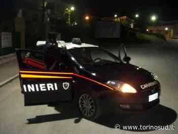 PIOSSASCO - Vuole la sua roba in casa dell'ex e gli sfascia le saracinesche: arrivano i carabinieri - TorinoSud
