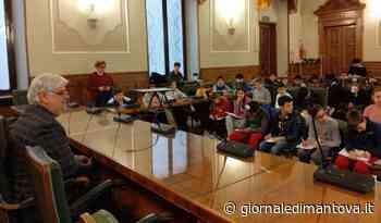 Il presidente Morselli intervistato dagli alunni delle classi quinte di Castellucchio - Giornale di Mantova