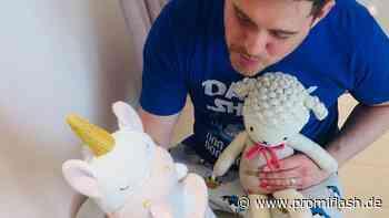 Tee-Stunde: So süß spielt Michael Bublé mit seiner Tochter - Promiflash.de