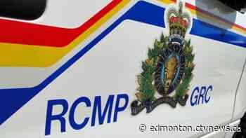 Two killed in crash near Slave Lake - CTV News