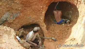 Mineros de Quinchía volvieron de manera ilegal al socavón para extraer oro - Caracol Radio