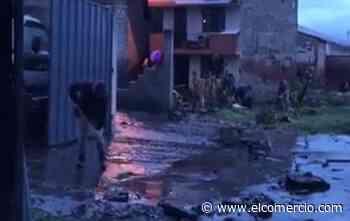 La crecida del río Caupicho afectó a barrios del sur de Quito - El Comercio (Ecuador)