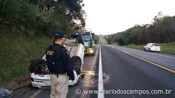 Diário dos Campos   Veículo capota em rodovia de Imbituva - Diário dos Campos