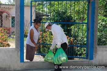 Entrega alcalde de Santiago Tuxtla paquetes alimentarios - Diario Eyipantla