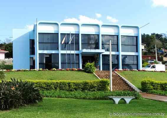 Concurso Prefeitura de Ipira SC: Salário inicial de até R$ 5 mil! - Gran Cursos Online