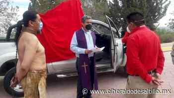 Párroco en Parras de la Fuente desobedece instrucciones de Diócesis por llevar a cabo viacrucis al exterior - El Heraldo de Saltillo