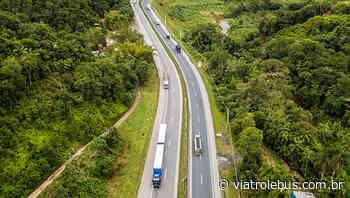 Rodovia Régis Bittencourt tem congestionamento após acidente em Campina Grande do Sul - Via Trolebus