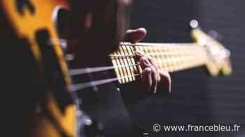 Les cours de musique se poursuivent en ligne à Queven - France Bleu