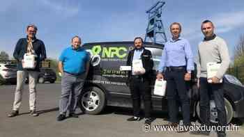 Roost-Warendin: la société NPC offre du gel hydroalcoolique à l'association du père Sébastien - La Voix du Nord