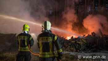 Großeinsatz der Feuerwehr: Mehrere Hektar Wald bei Wandlitz gefährdet - Brandenburg - Startseite - Potsdamer Neueste Nachrichten